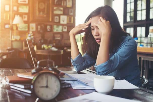 Como tratar dor de cabeça com aromaterapia