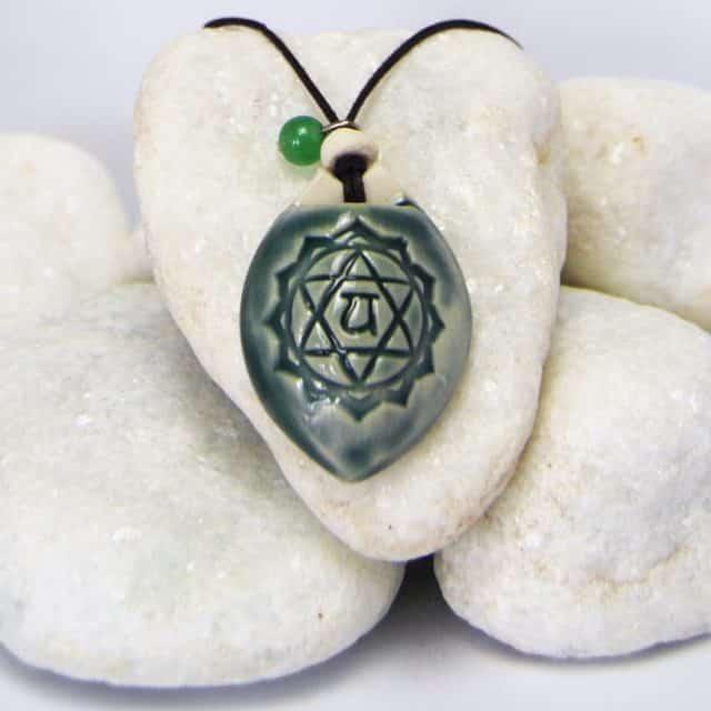 Colar aromático modelo 4° chakra - cardíaco - Imagem meramente ilustrativa